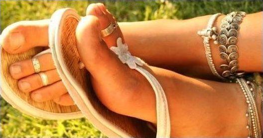 Красивые женские ноги